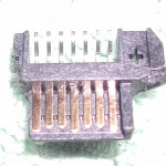 A pic of the SATA connector that was used to build the internal cable.